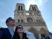 YUDI TIKA DI katedral notredame PARIS