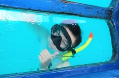 Kapal bottom glass - Snorkeling - gili trawangan