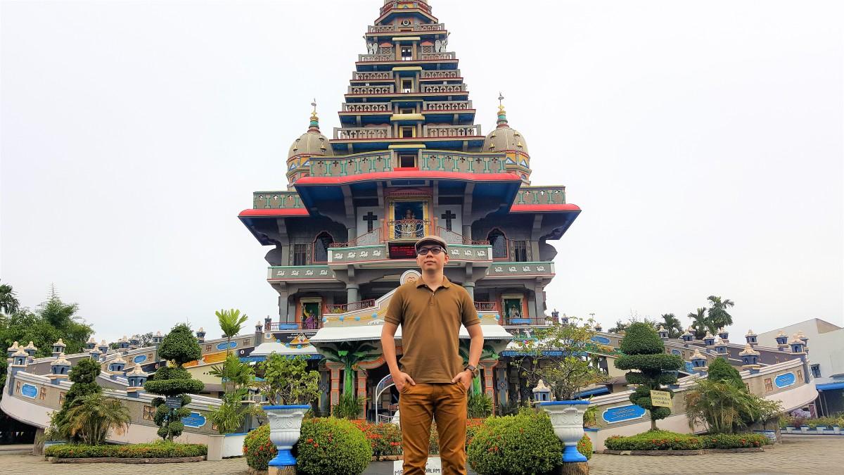 Wisata rohani ke Graha Maria Annai Velangkanni Medan