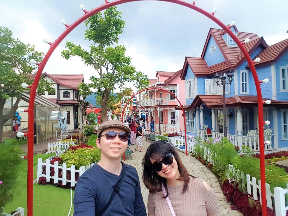 Wisata ke Kota Mini Lembang & Makan siang di Twig Maribaya