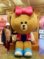 yuditika mengunjungi LINE FRIENDS STORE & CAFE