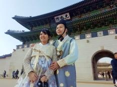 yuditika goes to gwanghwamun gate