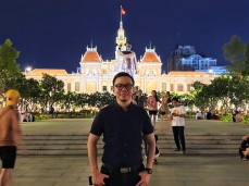 Ho Chi Minh City Hall Malam hari