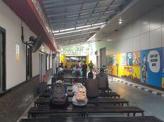 Suasana kursi tunggu di depan loket Tilang